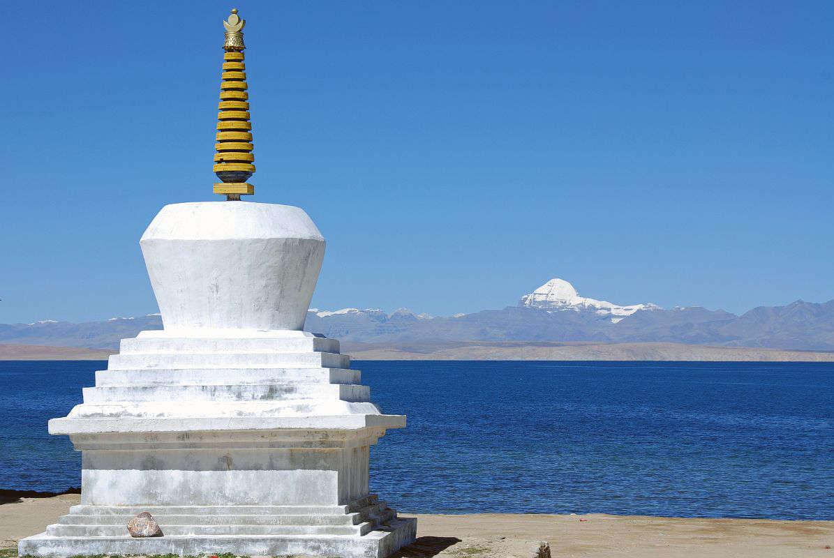 20-Trugo-Gompa-Chorten-With-Lake-Manasarovar-And-Mount-Kailash1